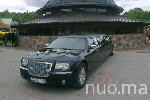 Chrysler 300C limuzinas nuomai, Vilniaus limuzinai