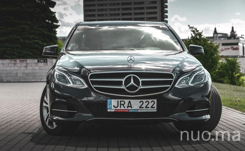 E klasės Mercedes nuoma, AutoKorona