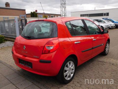 Renault Clio nuoma, AutoGrupė
